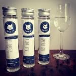 Die drei Gebrüder Gin Verkostungsflaschen zum Motto Wacholder pur.